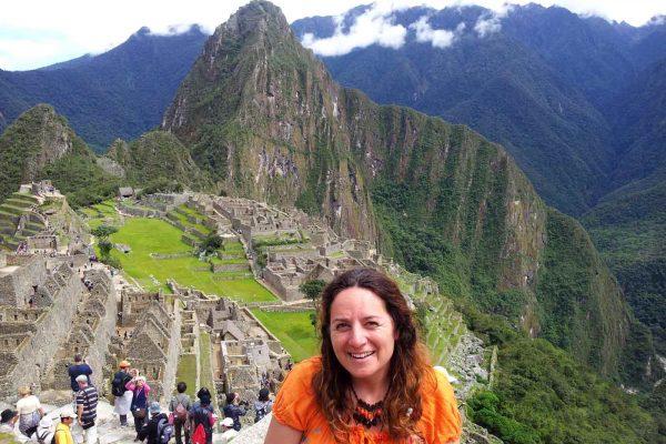 Violant Clop - Perú 2012 - Trabajo con los médicos del cielo